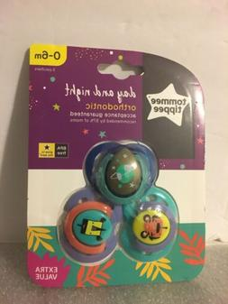 Tommee Tippee Day & Night Orthodontic Pacifiers pk 0-6m BPA