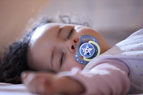 Philips AVENT Night Time Pacifier, 6-18 Months, 2 Pack