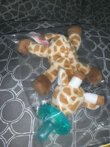 WubbaNub Infant Soothie Pacifier ~ Baby Giraffe